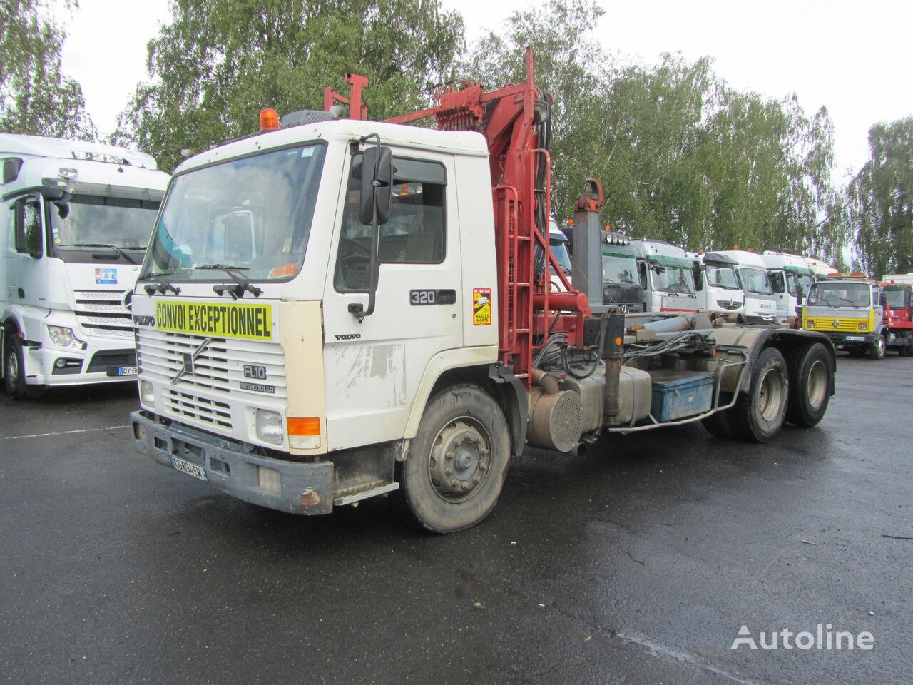 VOLVO FL12 320 camión chasis