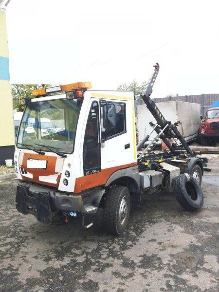 BUCHER 4x4 Schörling BU 200 (6.5t camión con gancho