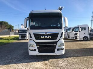MAN TGX 26.470 LAMBERET camión furgón