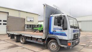 MAN L2000 12.160 / 6x2 Manual pump camión plataforma