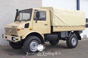 MERCEDES-BENZ UNIMOG 1300 camión toldo