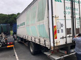 RENAULT Premium 270 camión toldo