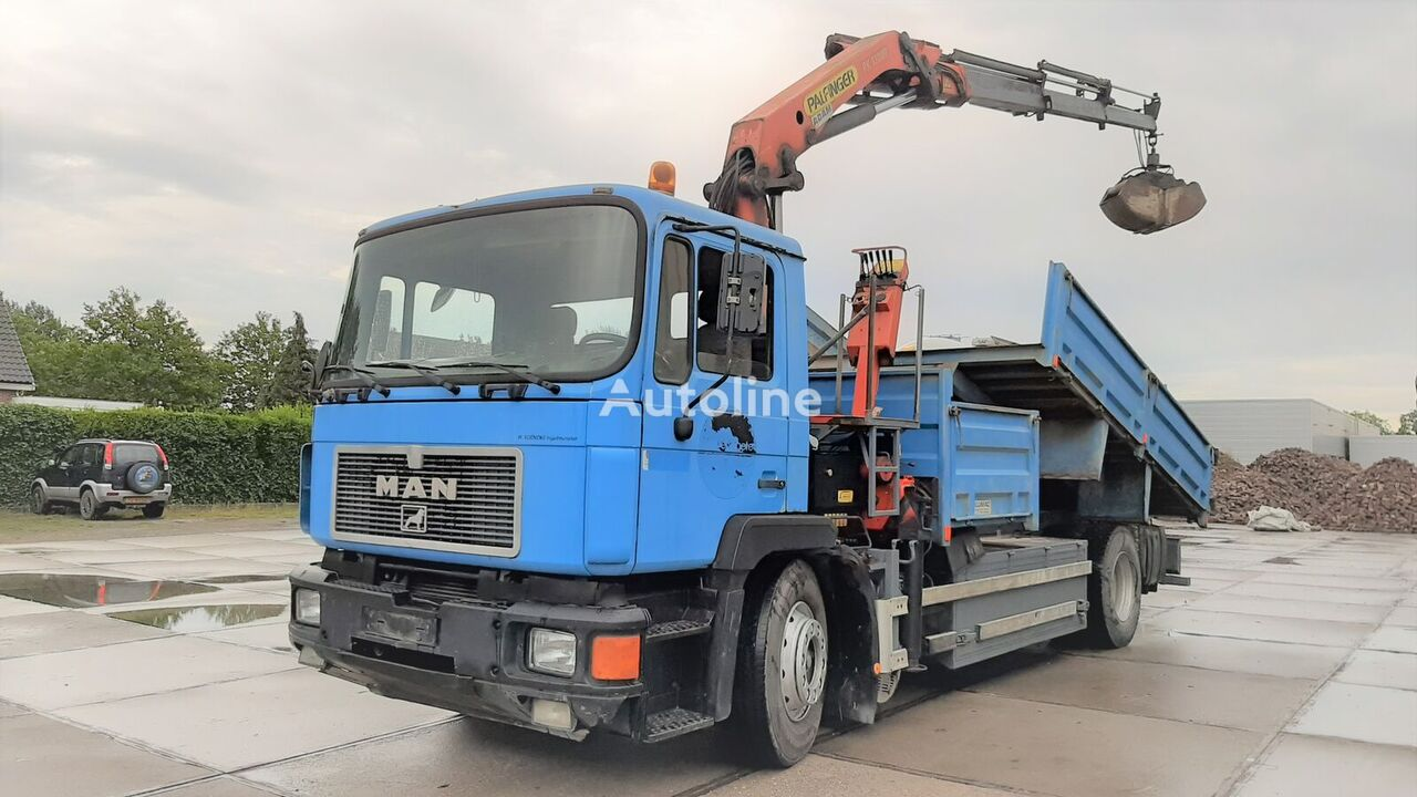 MAN 19.322 + Palfinger PK13000 Rotator Sandbox camión volquete