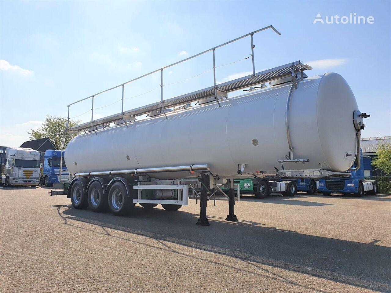 MAISONNEUVE Maisoneuve INOX Food tank 29m3 - 3 comp - Heated - Pressure cisterna alimentaria