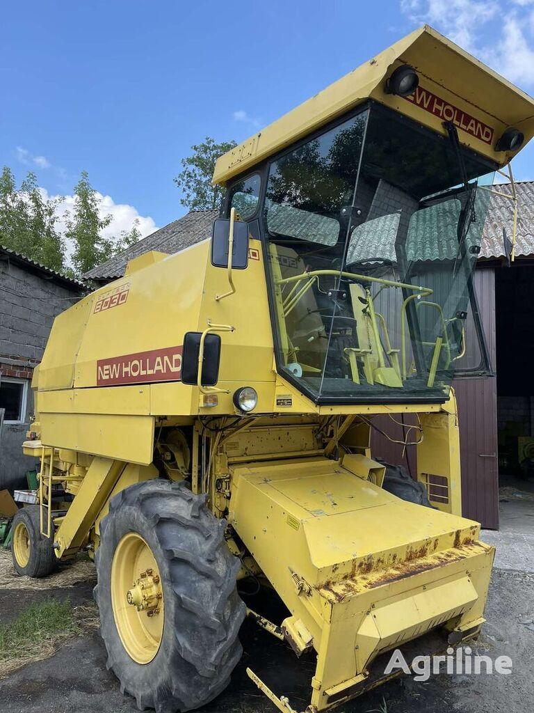 NEW HOLLAND 8030 cosechadora de cereales