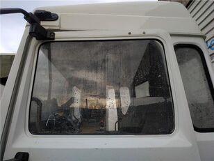 LUNA PUERTA DELANTERO IZQUIERDA Renault M 250.13,15,16)C,D,T Midl. E2 luna lateral para RENAULT M 250.13,15,16)C,D,T Midl. E2 MIDLINER VERSIÓN A camión
