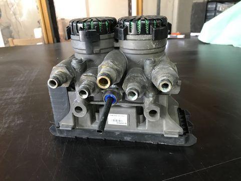 KNORR-BREMSE oryginał demontaż (21114975) modulador EBS para VOLVO FH4 tractora
