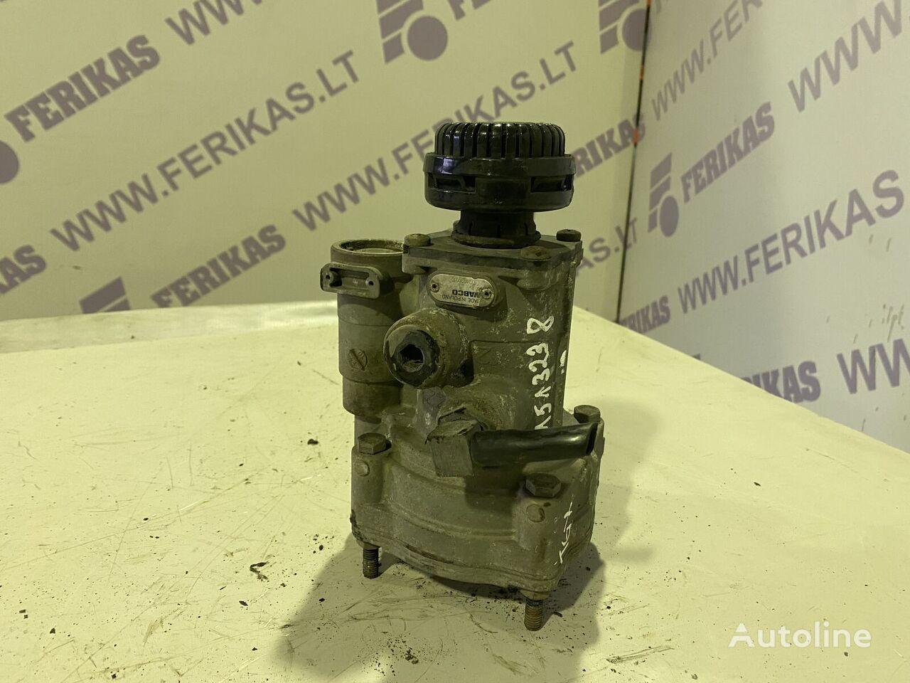 MAN brake valve 97300900100 (97300900100) válvula neumática para tractora