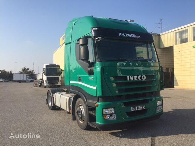 IVECO Magirus 460 tractora